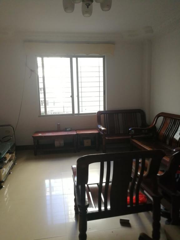海丰花园 1室1厅1卫1阳台 60平米